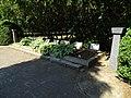 Hostivař, čestný hřbitov.jpg