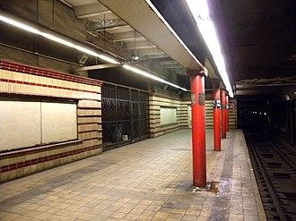 Hoyt Street (IRT Eastern Parkway Line) - Southbound platform