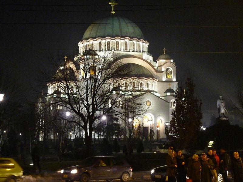 Pravoslavne crkve - Page 3 800px-Hram_Svetog_Save_no%C4%87u