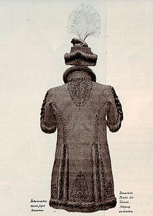 Hungarian man's fur coat by Josef Katzer 1900 - backside.jpg