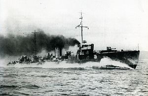 IJN Tachikaze on trials Taisho 10.jpg