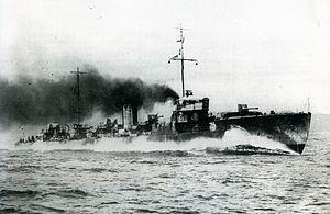 Japanese destroyer Tachikaze - Image: IJN Tachikaze on trials Taisho 10