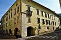 I portici di Palazzo Crivelli.jpg