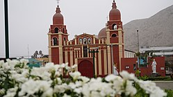 Iglesia De Cieneguilla desde la plaza.jpg
