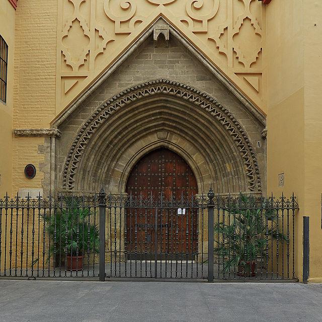 Iglesia de la Señora Santa Ana (Sevilla).  Portada.jpg