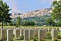 Il cimitero americano di Assisi - panoramio.jpg