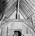 Interieur, kapconstructie tegen de toren - Moerkapelle - 20272870 - RCE.jpg