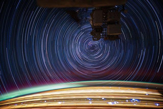 Foto realizada pelo engenheiro de voo Don Petit a bordo da ISS.