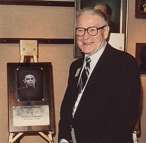 Iolas Huffman - Huffman with his OSU Sports Hall Of Fame plaque