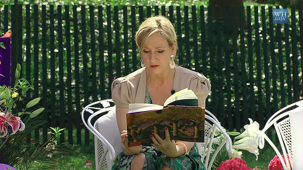 J. K. Rowling at the White House 2010-04-05 9