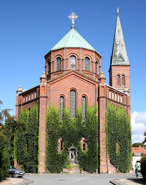 Vue de l'extérieur de l'église Jesuskirken à Copenhague.