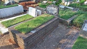 Alauddin Muhammad Da'ud Syah II - Sultan Muhammad Daud Syah grave in Rawamangun, Jakarta.