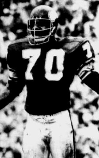 Jim Marshall (American football) - Image: Jim Marshall DE (cropped)