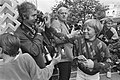 Johan Friso hindert fotografen, Bestanddeelnr 931-6300.jpg