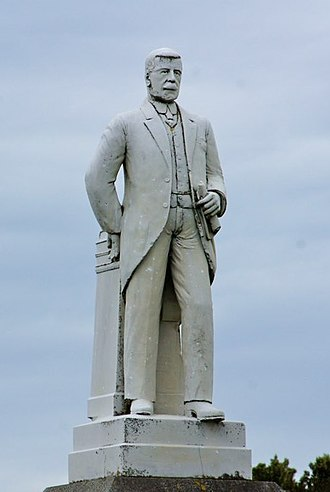 Joseph Ward - Statue of Ward in Bluff