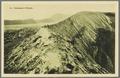 KITLV - 33440 - Kurkdjian, N.V. Photografisch Atelier - Soerabaja - Crater wall of the Mount Bromo volcano - circa 1920.tif