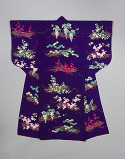 Khalili Collection of Kimono KX158.jpg