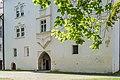 Klagenfurt Viktring Stift Praelatur Portal mit Erker 02092016 4032.jpg