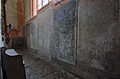 Klosterkirche Rühn Grabplatten hinter dem Altar.jpg
