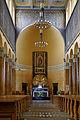 Kościół Matki Boskiej Zwycięskiej w Łodzi - ołtarz.jpg