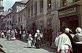 Kolostor utca a Fő tér felé nézve, balra a háttérben a Tűztorony. A császár parancsára c. film forgatása (rendezte- Bán Frigyes). Fortepan 51686.jpg