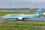 Korean Air, B737-800, HL8245 (20868949268).jpg