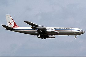 Korean Air Lines Boeing 707 Haafke.jpg