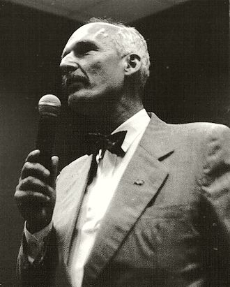 Janusz Korwin-Mikke - During the 2000 presidential campaign in Poland