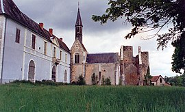 The Abbey of Loroy, in Méry-ès-Bois, in 1987