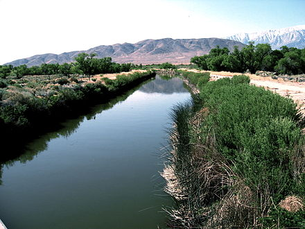 The Los Angeles Aqueduct in the Owens Valley LAAqueductUnlined2.jpg