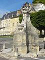 La Roche-Guyon (95), fontaine 3.JPG