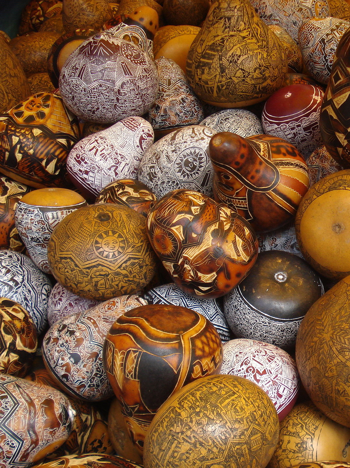 Mate burilado wikipedia la enciclopedia libre for Ceramica artesanal peru