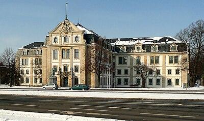 Landesarchiv Hannover Gebäude.jpg