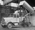 Lastkraftwagen mit Hochkipper.png