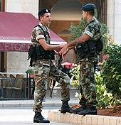 سوريا: انشقاق عشرات الضباط السوريين عن النظام من بينهم أصحاب رتب عالية