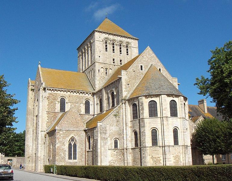 Lessay (France, dép. Manche), église de l'abbaye Sainte-Trinité (XIe siècle)