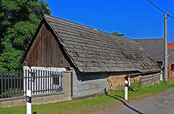 Litichovice, timber house.jpg