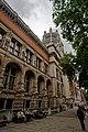 London - Cromwell Gardens - Victoria & Albert Museum 1909 Aston Webb - View NE.jpg
