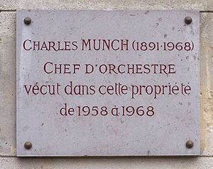 Charles Munch (conductor) - Plaque at Place Emile Dreux, village de Voisins in Louveciennes, Yvelines, France