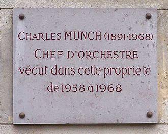 Charles Munch (conductor) - Plaque at Place Emile Dreux, village de Voisins in Louveciennes, Yvelines, France