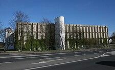 https://upload.wikimedia.org/wikipedia/commons/thumb/e/e0/Luedenscheid-ERCO2-Bubo.JPG/225px-Luedenscheid-ERCO2-Bubo.JPG