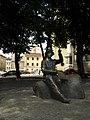 Lwów , Polish , Lviv , Львов - Odsłonięty w 2005 r. pomnik Nikifora (wl. Epifaniusz Drowniak), malarza prymitywisty, Łemka , mieszkającego w Krynicy ^^ http - panoramio.jpg