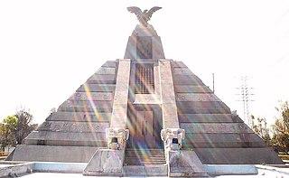<i>Monumento a la Raza</i> (Mexico City) monument in Mexico City