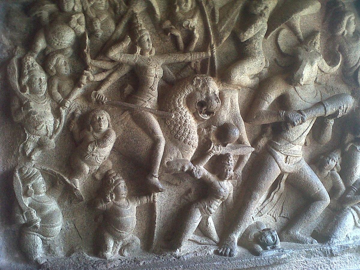महाबलीपुरम में महिशासुरमर्दिनी की दीवार पर मूर्तीकला पट्टिका। श्रेयः जेनिथ।