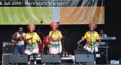 Mahotella Queens, 2010