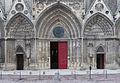 Main entrance cathedral Bayeux.jpg