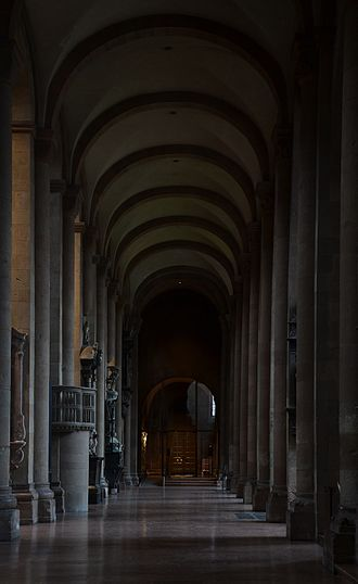 Mainz Cathedral - South nave