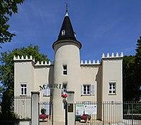 Mairie Chavanoz.JPG