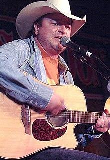 Mark Chesnutt American singer-songwriter (born 1963)