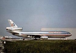 McDonnell Douglas DC-10-10, American Airlines JP5931060.jpg